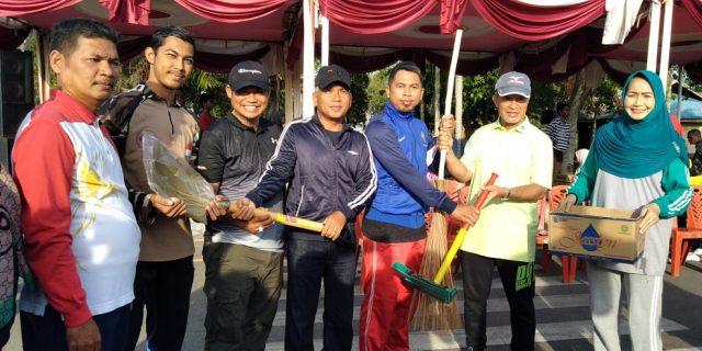 Wabup Said Hasyim Resmikan Kegiatan Car Free Day dan Canangkan Gerakan Selatpanjang Bersih, Sehat dan Rapi