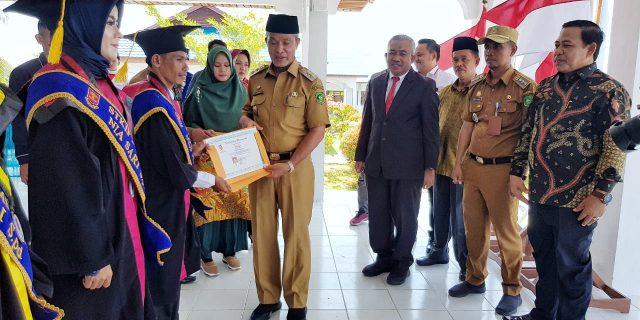 Wabup Said Hasyim Hadiri Wisuda Sarjana STKIP Meranti Angkatan Ke-II Tahun 2020