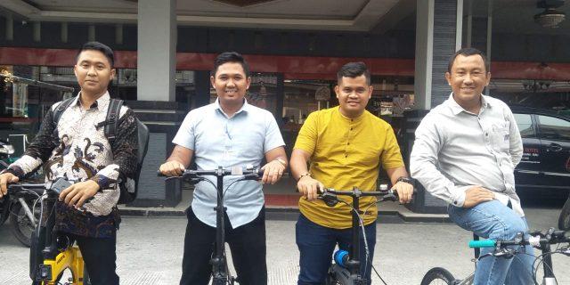 Pimpinan DPRD Bintan Lakukan Kunjungan Kerja Dengan Bersepeda