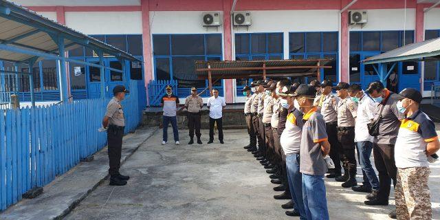 Bekerjasama Dengan Pelindo dan KSOP Selatpanjang, Polsek Tebingtinggi Bersihkan Pelabuhan