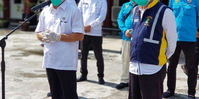 Sekda Bambang Lepas Tim Relawan Covid-19 Meranti, Sterilkan Rumah Ibadah dan Fasilitas Publik Dengan Disinfektan