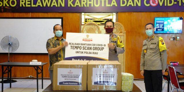 PT Tempo Scan Groups Peduli, Wakapolda Serahkan Bantuan Vitamin Bagi Personel Gugus Tugas Covid-19 Polda Riau