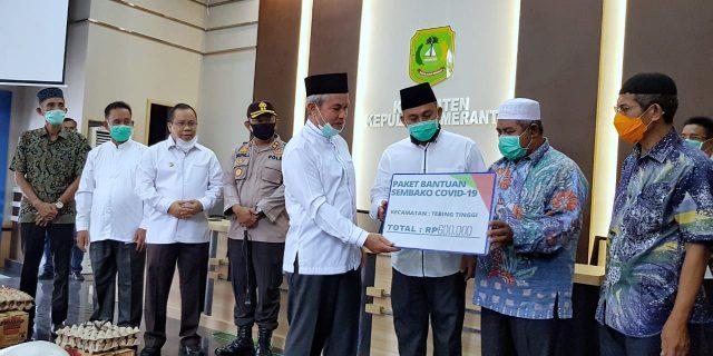 Pemkab Meranti Mulai Salurkan Paket Sembako Untuk 5775 Rumah Tangga Miskin dan Terdampak Covid-19