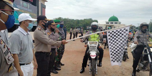 Kapolres Meranti Lepas Pasukan Salurkan Sembako dan Penyemprotan disinfektan