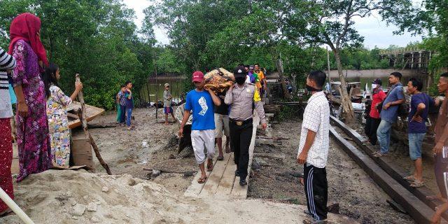 Koraban Tenggelam Desa Selat Akar di Temukan Sudah Jadi Mayat