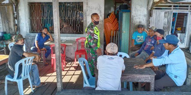 Babinsa 02/Tebingtnggi Sosialisasi Penerapan Protokol Kesehatan Ke Desa-desa