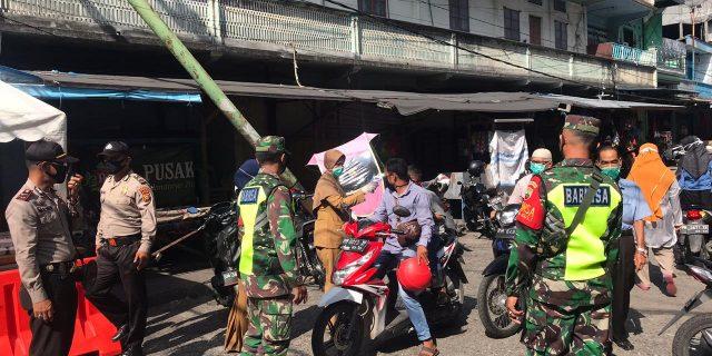 Penerapan New Normal, TNI-POLRI Sosialisasi Kepada Masyarakat di Pasar dan Kota