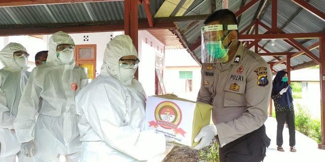 Tenaga Medis RSUD Meranti di BLK Terima Parsel dan Paket Sembako Dari Polres