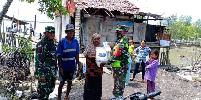 Mayor Arm Bismi Tambunan SE : Bantuan Beras Ini Sebagai Bentuk Kepedulian Koramil 02/Tebing Tinggi Dimasa Pandemi Covid-19