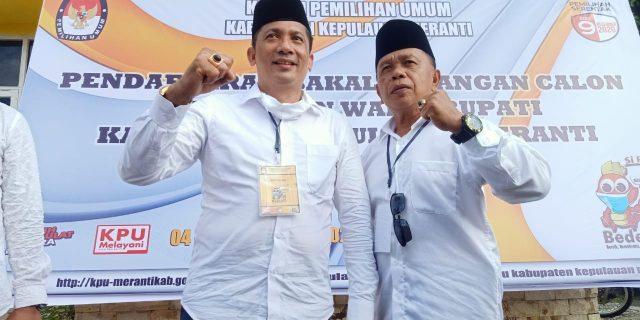Diiringi Reok Ponegoro, Paslon M. Adil dan Asmar Resmi Mendaftar di KPU Meranti