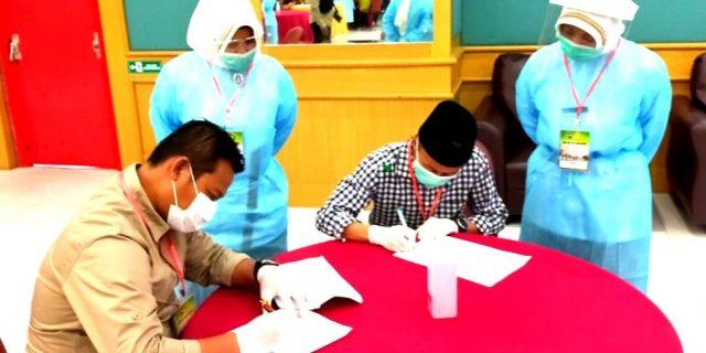 Paslon Berseri Jalani Pemeriksaan Kesehatan Di RSUD Arifin Achmad