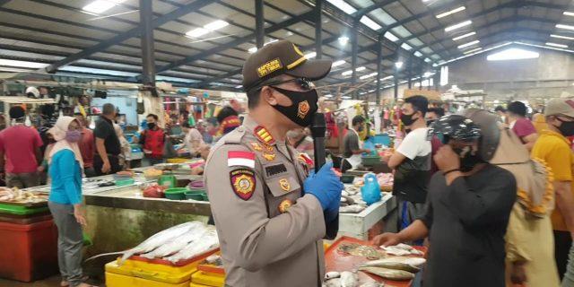 Polsek Tanjungpinang Timur, Satpol PP Gencar Berikan Teguran Kepada Pelanggar Protokol Kesehatan