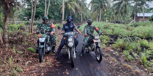 Babinsa Koramil 02 Tebing Tinggi Bersama Scurity PT SRL Laksanakan Patroli Karhutla dan Sosialisasi di Desa Binaan