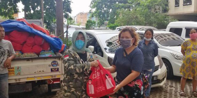 Presiden GANN Raden Dewi Gumay, Bergerak Membagikan Sembako bantuan Presiden