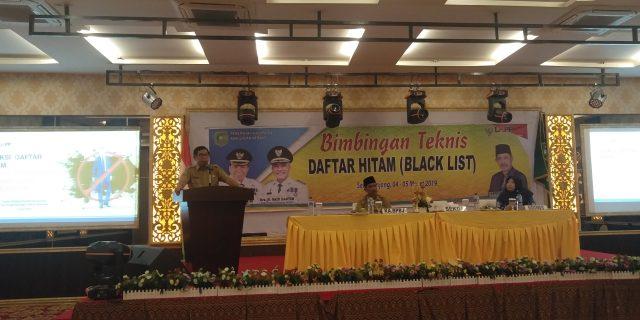 Sekda H Yulian Norwis Buka Bimtek Daftar Hitam