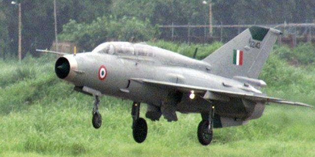 Ditabrak Burung,Jet Tempur MiG-21 India Jatuh di Dekat Pakistan