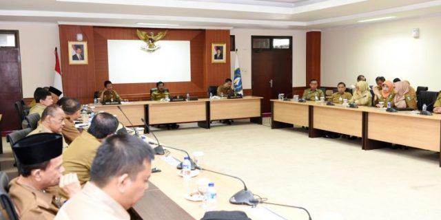 Gubernur Kepri,H.Nurdin Basirun Pimpin Rapat OPD : Kuatkan Komitmen,Kerja Sesuai Aturan