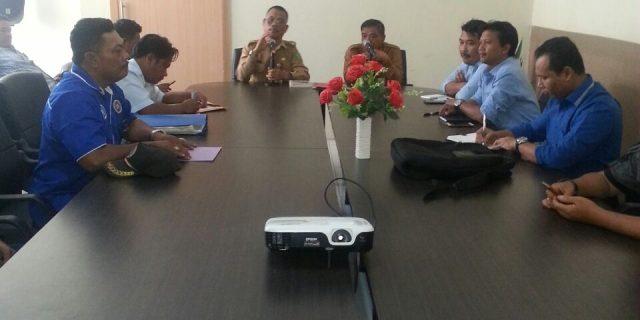 Plh.Dinas  PMPTSPTK Meranti,Syamsuddin Intervensi Perundingan Bipartit PT.NSP
