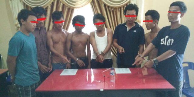 Polsek Kampung rakyat Amankan Delapan Pria Saat Pesta Narkoba