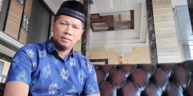 "Mengenal ""Mahmuzin Taher"" Seorang Pengusaha Sukses : Orang Awam,Anak Pesisir Desa Lalang Tanjung,Putra Daerah Balon Bupati Meranti"