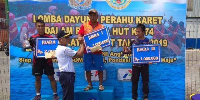 Meriahkan HUT TNI AL KE 74,Lanal Bengkulu Gelar Lomba Dayung Perahu Karet